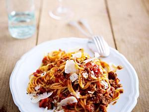 Spaghetti mit Kalbs-Bolognese Rezept