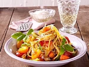 Spaghetti mit Kürbis-Sugo Rezept