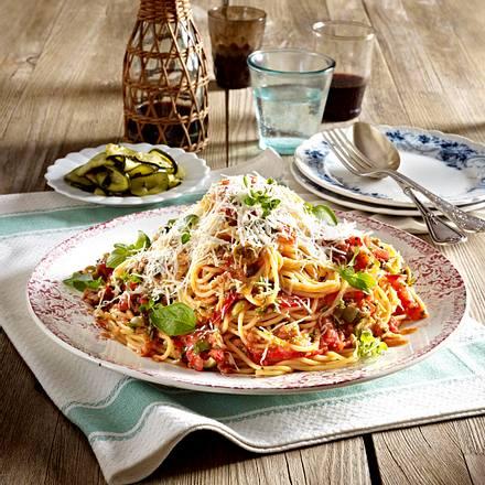Spaghetti mit No-cook-Tomatensoße Rezept