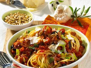 Spaghetti mit Olivensoße Rezept
