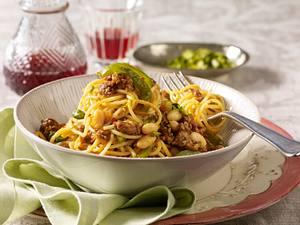 Spaghetti mit orientalischer Hacksoße Rezept