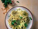 Spaghetti mit Pesto und Parmesan Rezept