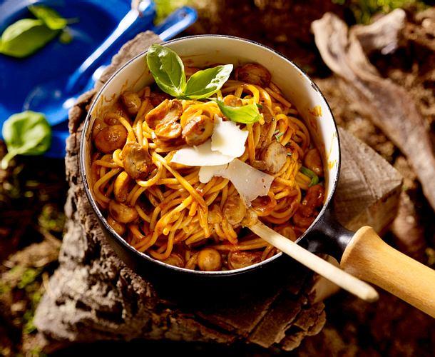Spaghetti mit Pilz-Sahnesoße (One-Pot-Pasta) Rezept