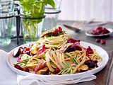 Spaghetti mit Pilzsahnesoße und Cranberries Rezept