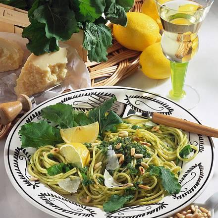 Spaghetti mit Rauke-Pesto Rezept