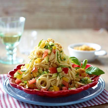 Spaghetti mit Ricotta und Gemüsewürfeln Rezept