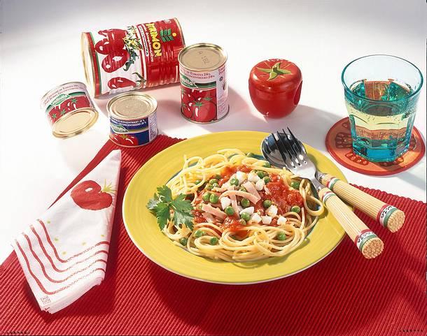 Spaghetti mit Schinken-Tomaten-Soße Rezept