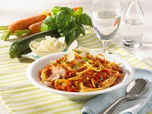 Spaghetti mit schlanker Gemüsebolognese Rezept