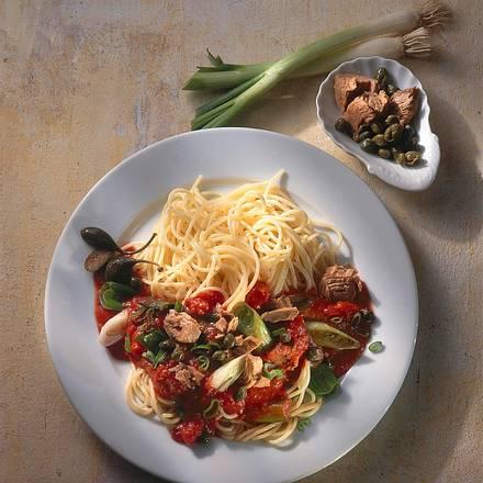 Spaghetti mit Thunfisch-Kapern-Soße Rezept