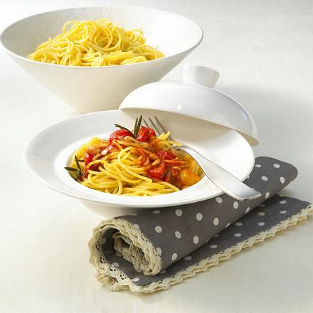 Spaghetti mit Tomaten-Sherry-Soße Rezept