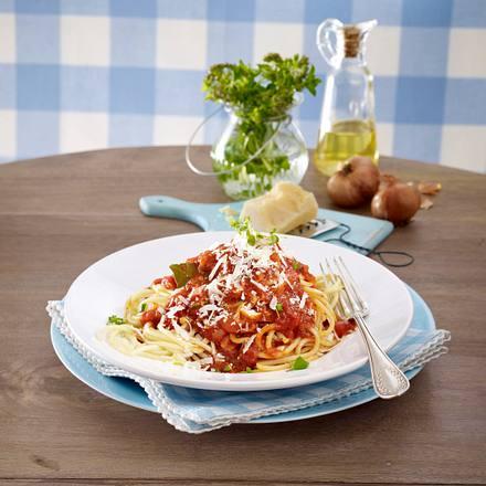 Spaghetti mit Tomatensoße  Rezept