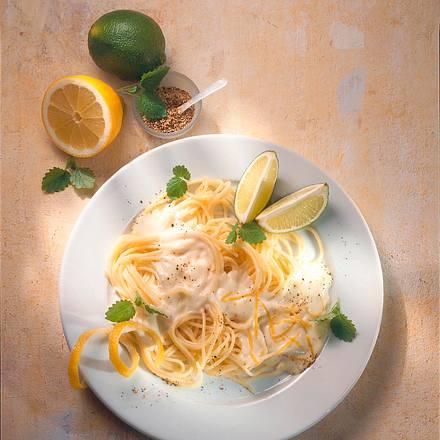 Spaghetti mit Zitronen-Mascarpone-Soße Rezept