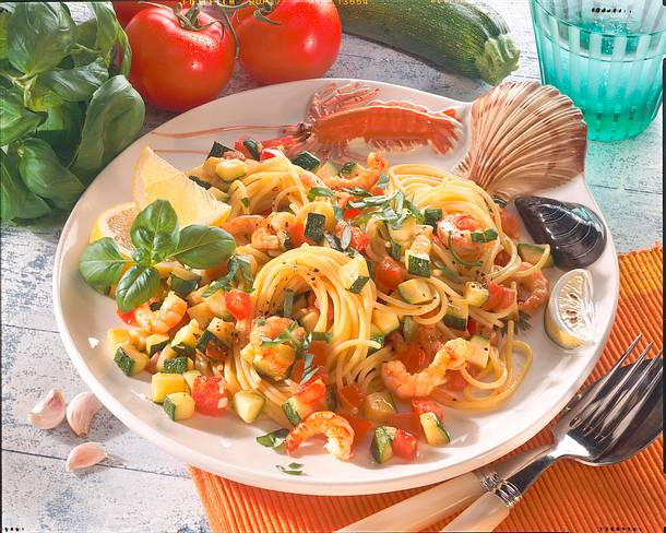 Spaghetti mit Zucchini und Shrimps Rezept