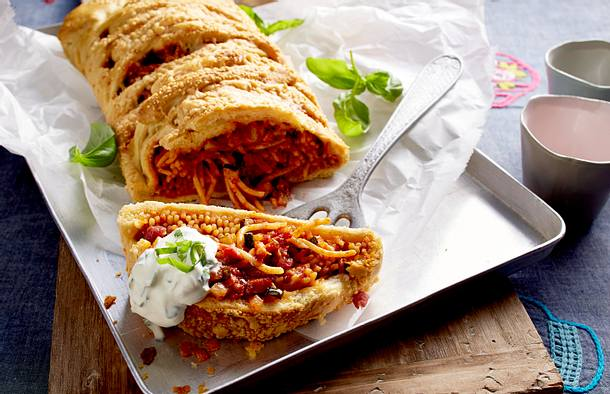 Spaghetti-Mozzarella-Calzone Rezept