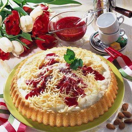 Spaghetti Torte Mit Himbeersosse Rezept Lecker