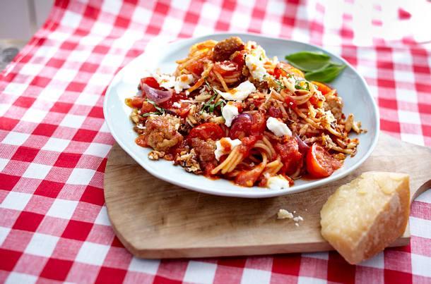Spaghetti und Tomatenquartett mit Mett Rezept