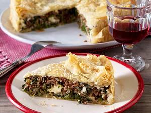 Spanakopita (griechischer Hack-Spinat-Kuchen) Rezept