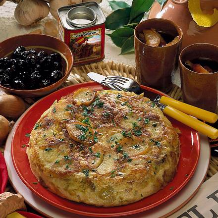 spanische tortilla rezept chefkoch rezepte auf kochen backen und schnelle gerichte. Black Bedroom Furniture Sets. Home Design Ideas