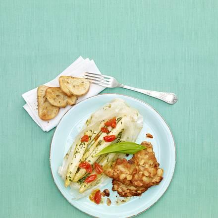 Spargel-Bärlauch-Päckchen mit Schnitzel Rezept