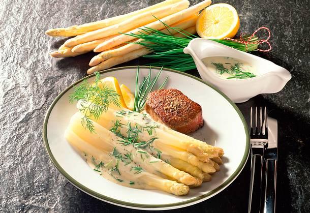 Spargel in Kräuter-Frischkäsesoße Rezept