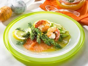 Spargel mit geräuchertem Lachs und Garnelen Rezept