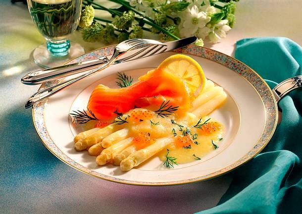 Spargel mit Lachs und Kartoffelvinaigrette Rezept