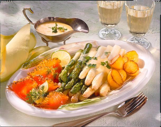 Spargel mit Lachs & Limetten-Hollandaise  Rezept