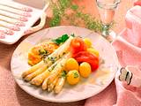 Spargel mit Petersilien-Butter und Rührei Rezept
