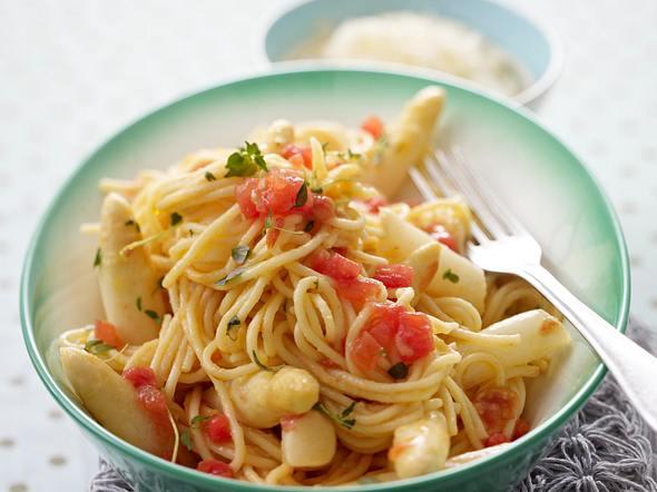 Spargel mit Spaghetti Rezept