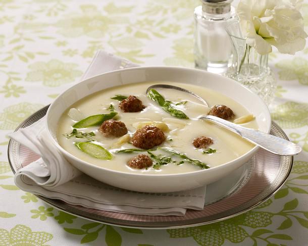 Spargelcremesuppe mit Fleischbällchen Rezept