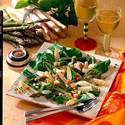 Spargelsalat mit Ei-Vinaigrette Rezept