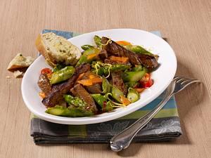 Spargelsalat mit Filetstreifen Rezept