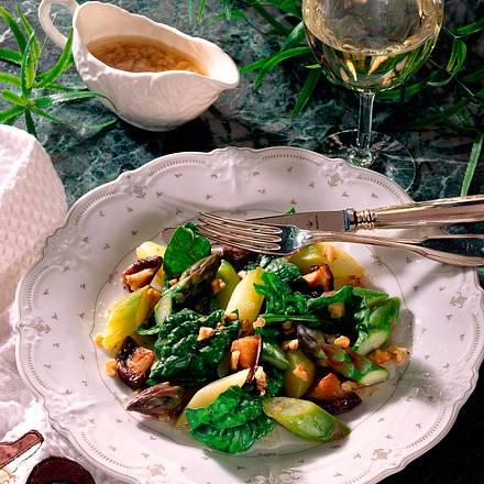 Spargelsalat mit Spinat und Shiitake Rezept