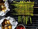 Spargelspieße mit Tomatendressing und Kartoffeln Rezept