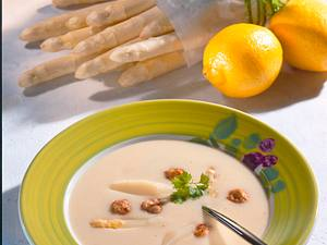 Spargelsuppe mit Brätklößchen Rezept