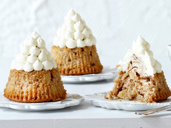 Spekulatius-Mandel-Cupcakes mit Vanillespitzen Rezept