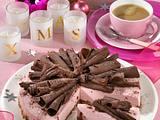 Spekulatius-Torte mit Preiselbeercreme Rezept