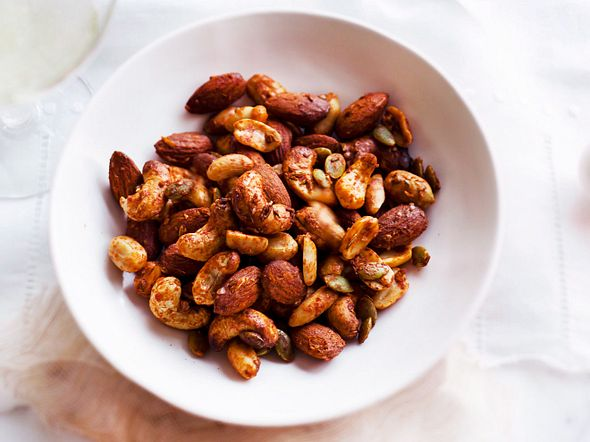 Spicy Oriental Nuts