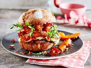 Spicy pumpkin-burger mit fixem Tomaten-Chutney Rezept