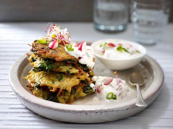 Spinat-Kartoffel-Rösti mit Radieschen-Quark-Dip Rezept