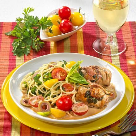 Spinat-Nudeln mit Knoblauch und Involtini Rezept