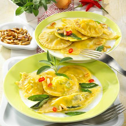Spinat-Ravioli mit Chili-Butter Rezept