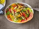 Spinat-Schupfnudeln auf buntem Tomatensalat Rezept