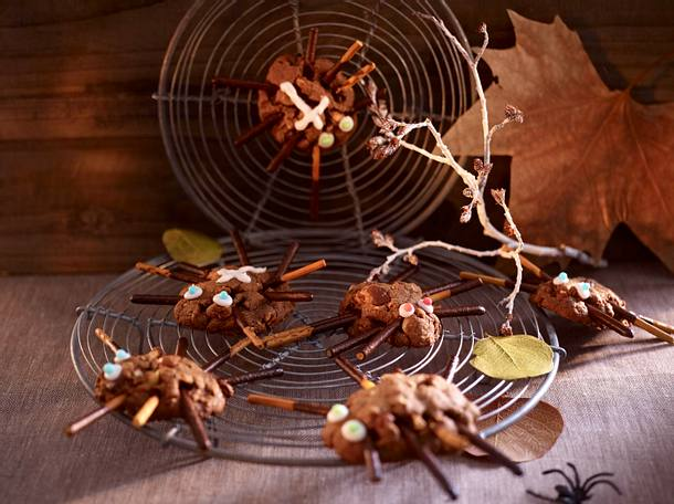 Spinnen-Cookies im Netz Rezept