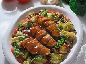 Spitzkohl mit Hähnchenfilet und Pilzen Rezept