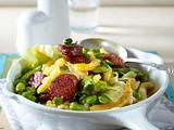 Spitzkohl-Spätzle-Pfanne mit Chorizo und dicken Bohnen Rezept