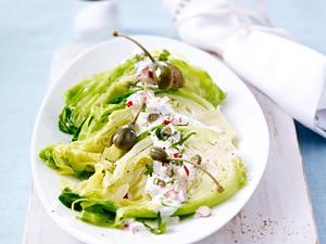 Spitzkohlsalat mit Radieschen-Dressing Rezept