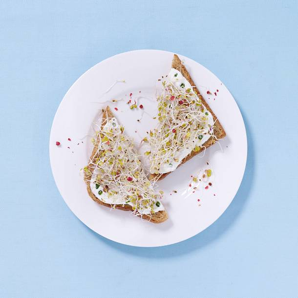 Sprossen-Sandwich mit Kräuterquark Rezept