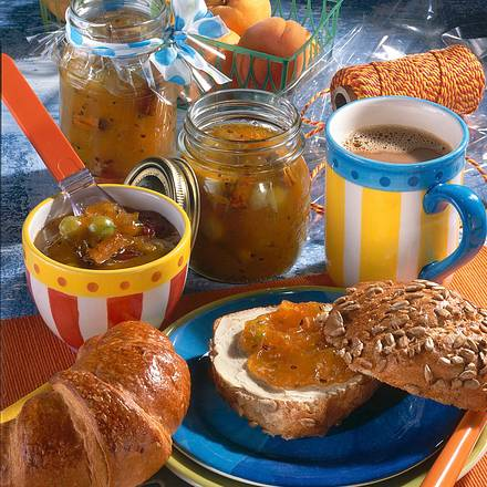 Stachelbeer-Aprikosen-Konfitüre Rezept