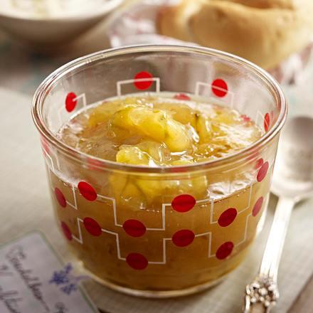 Stachelbeer-Holunderblüten-Konfitüre Rezept
